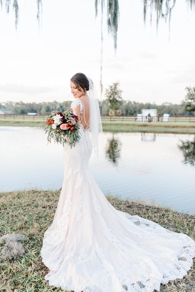 Romantic Outdoor Barn Wedding-154.jpg
