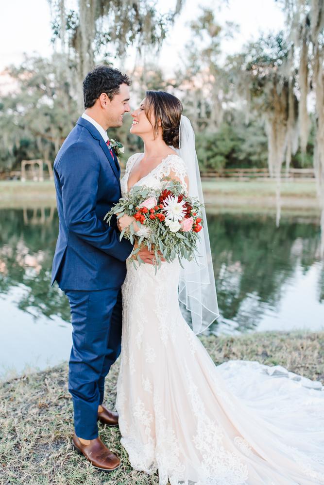 Romantic Outdoor Barn Wedding-155.jpg