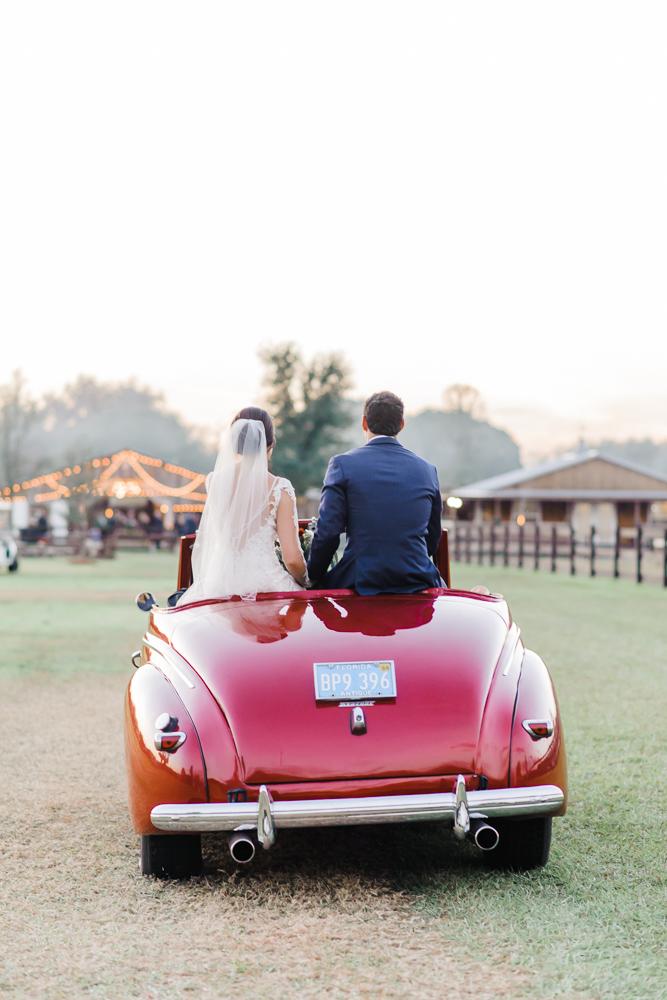 Romantic Outdoor Barn Wedding-166.jpg