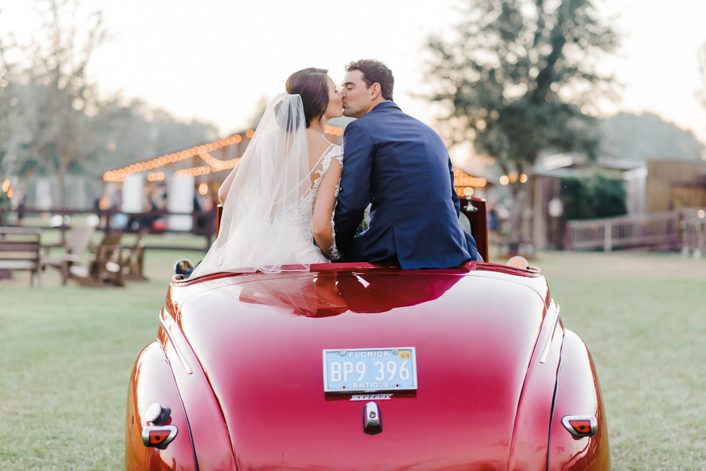 Romantic Outdoor Barn Wedding-168.jpg