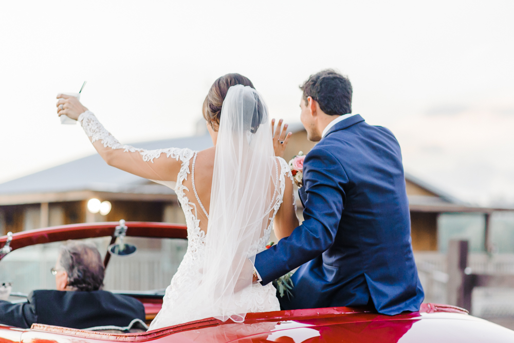Romantic Outdoor Barn Wedding-170.jpg