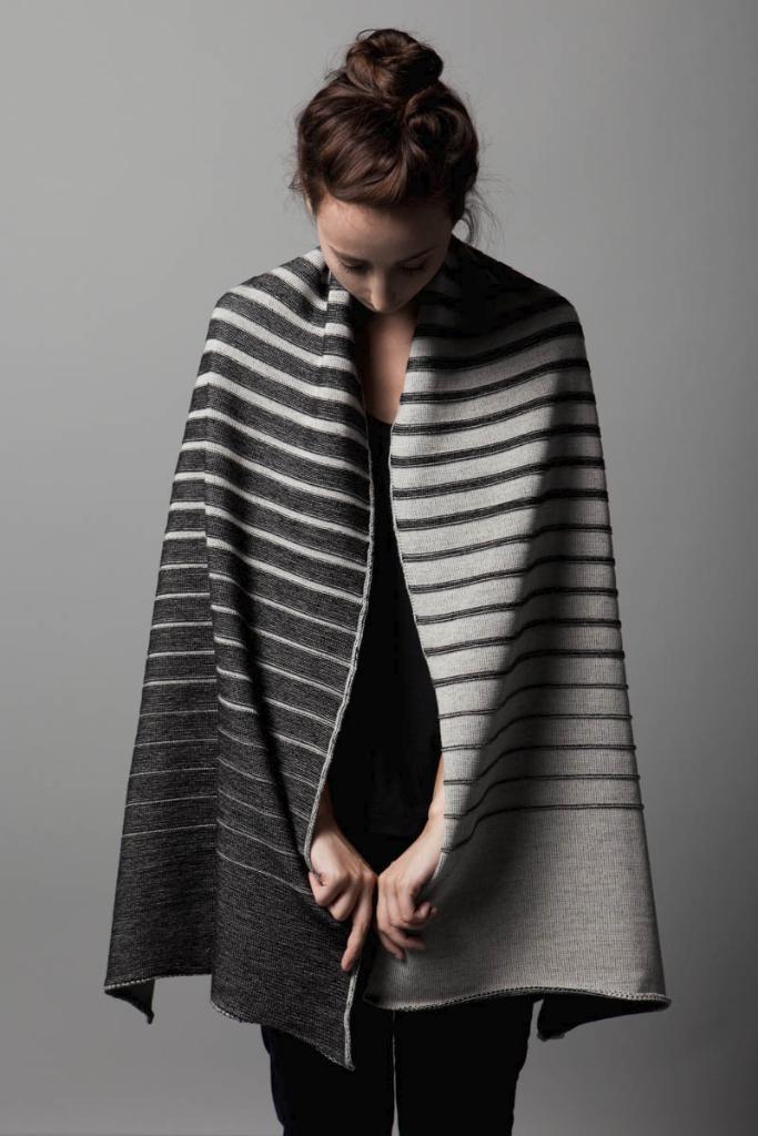 stringtheory_gradient_shawl1