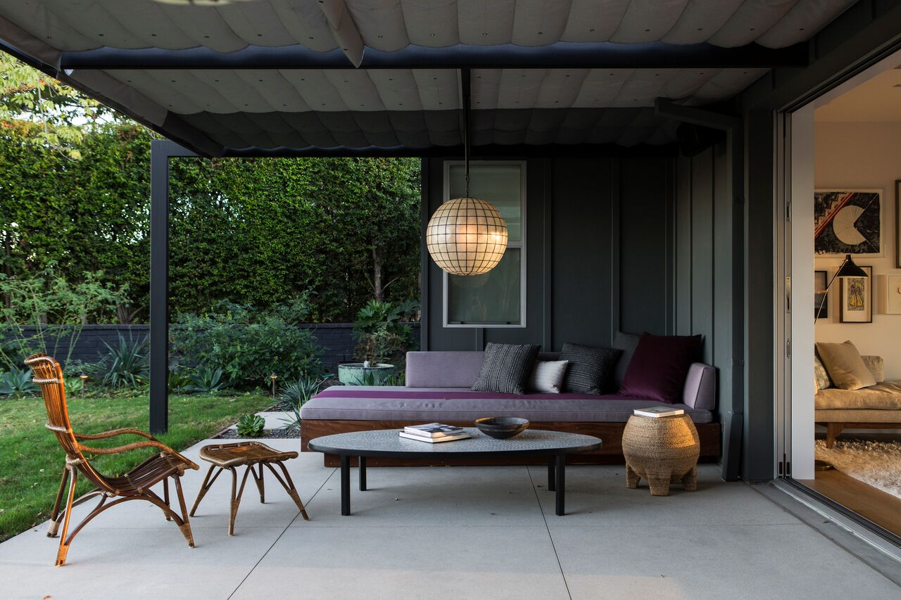 disc-barbara-bestor-porch-remodelista