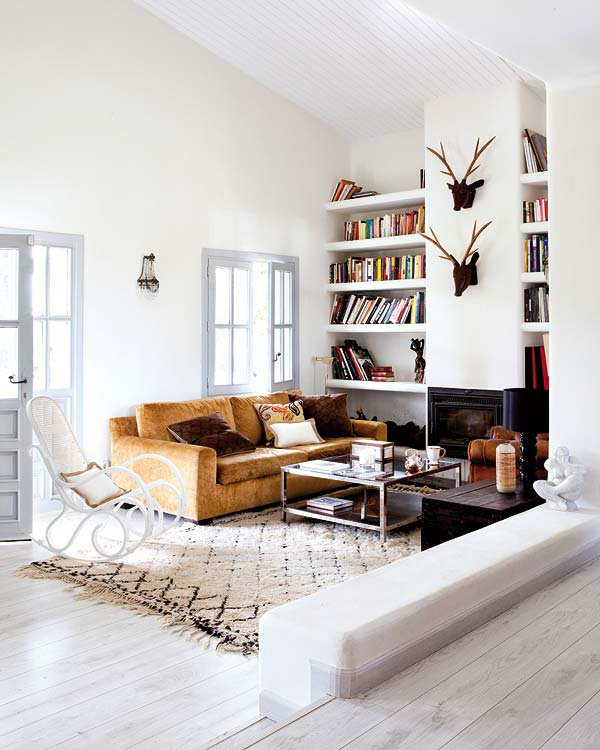 modern_living_room_a_house_in_the_hills_9384851