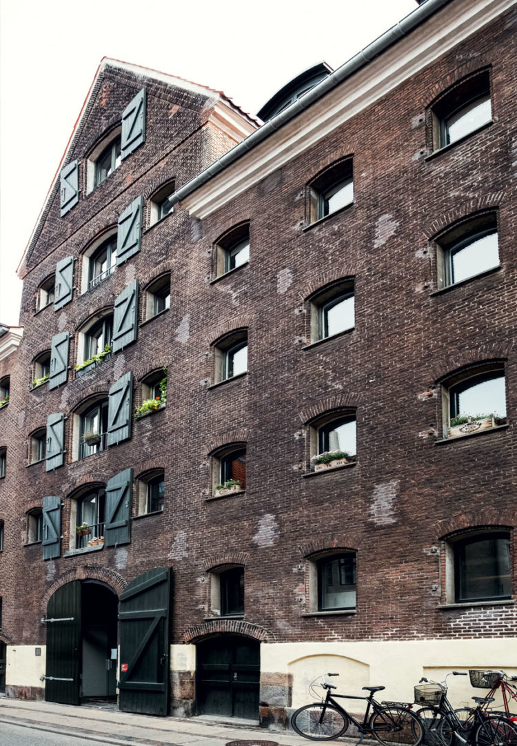 lejligheder-pakhus-christianshavn-signe-bloch-emnnrruehyihrjpdi2oa4q