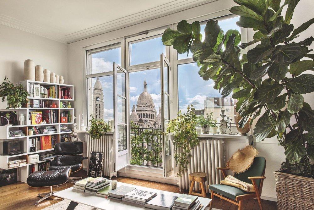 appartement-parisien-avec-vue-sur-le-sacre-coeur_5583883