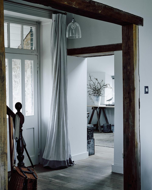 141017-SLM-Home-Hall-001-web-1600-px.jpg