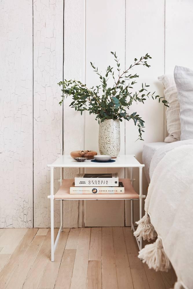 canyon-cool-white-bedroom-5851a4e0eebca333fd10e060-w1000_h1000.jpg