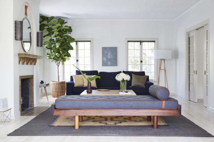 tour-a-breezy-la-home-with-the-most-dreamy-kitchen-contemporary-living-room-599dee4ad89fdd776ccf9157-origin-750x500.jpg