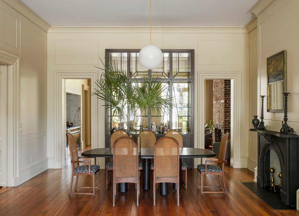 workstead-house-charleston-south-carolina-renovation-workstead_dezeen_2364_col_0.jpg