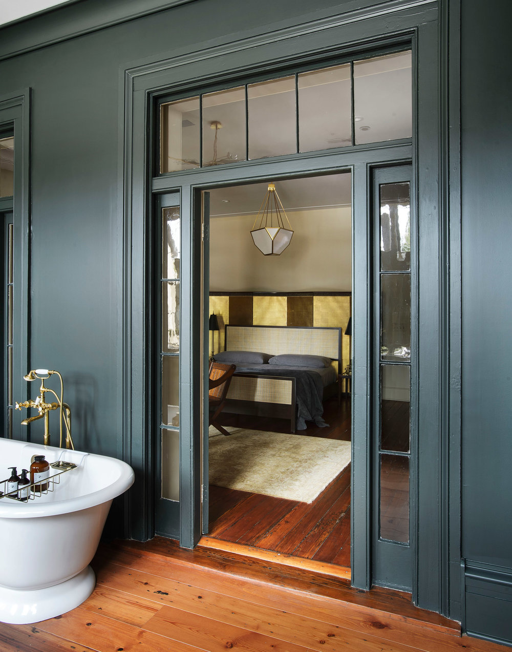 workstead-house-charleston-south-carolina-renovation-workstead_dezeen_2364_col_34.jpg