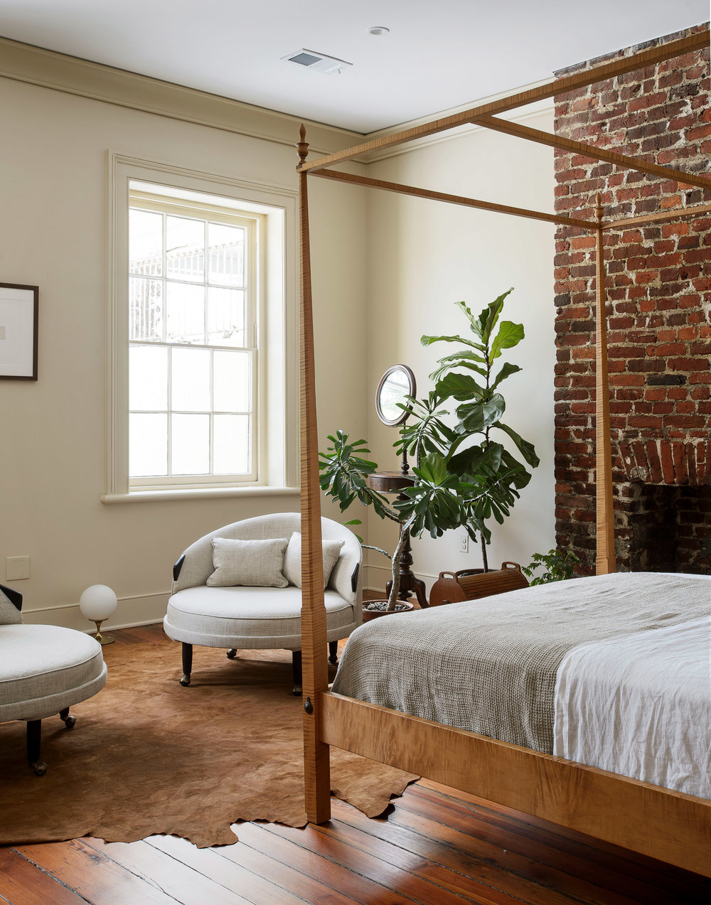 workstead-house-charleston-south-carolina-renovation-workstead_dezeen_2364_col_11.jpg
