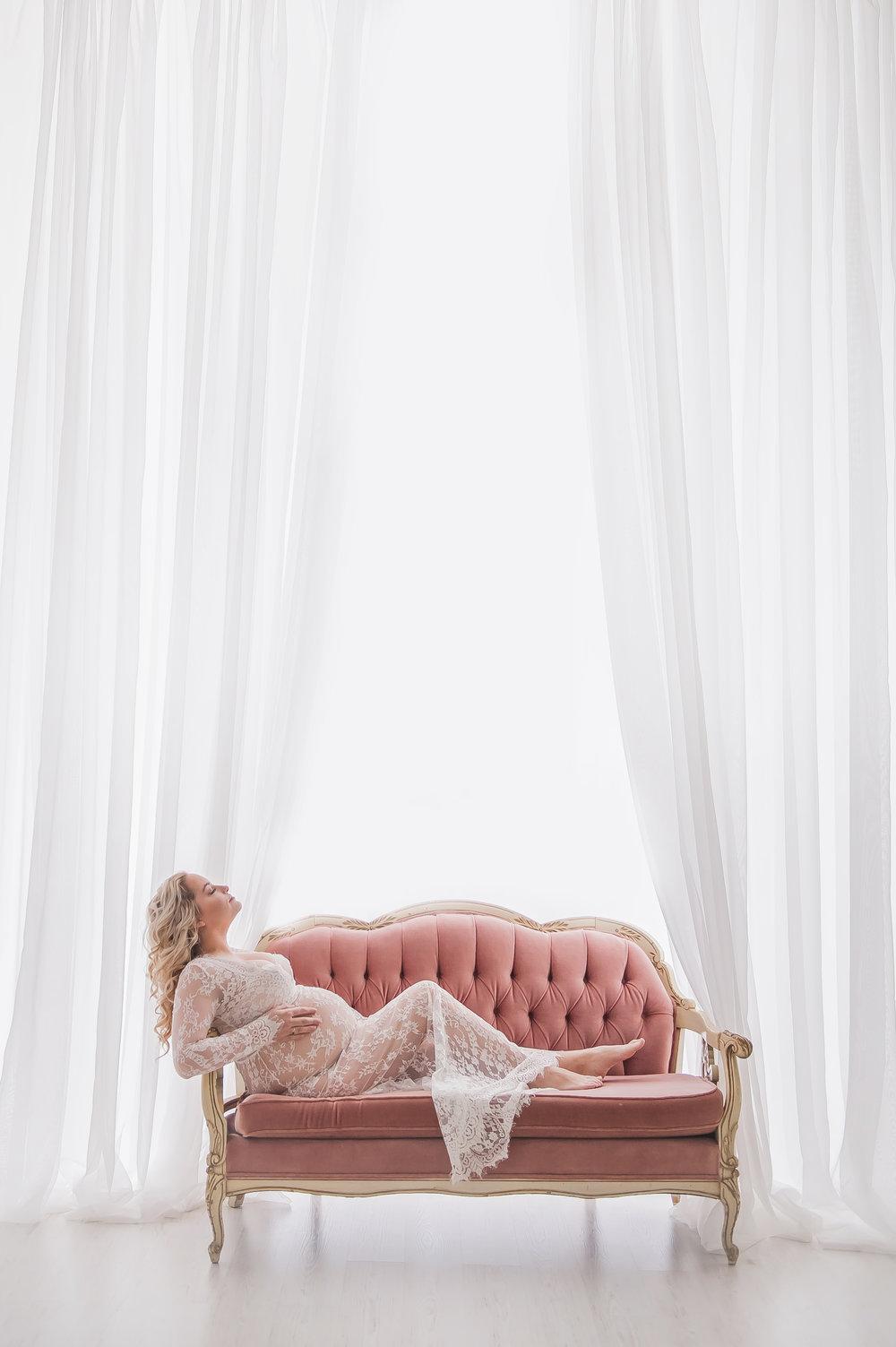 maternity-photographer-boston-004.jpg