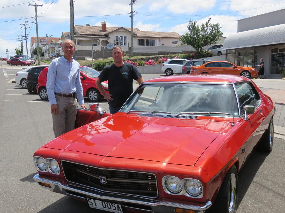 Minister-Barnett-with-Grant-Evans.jpg