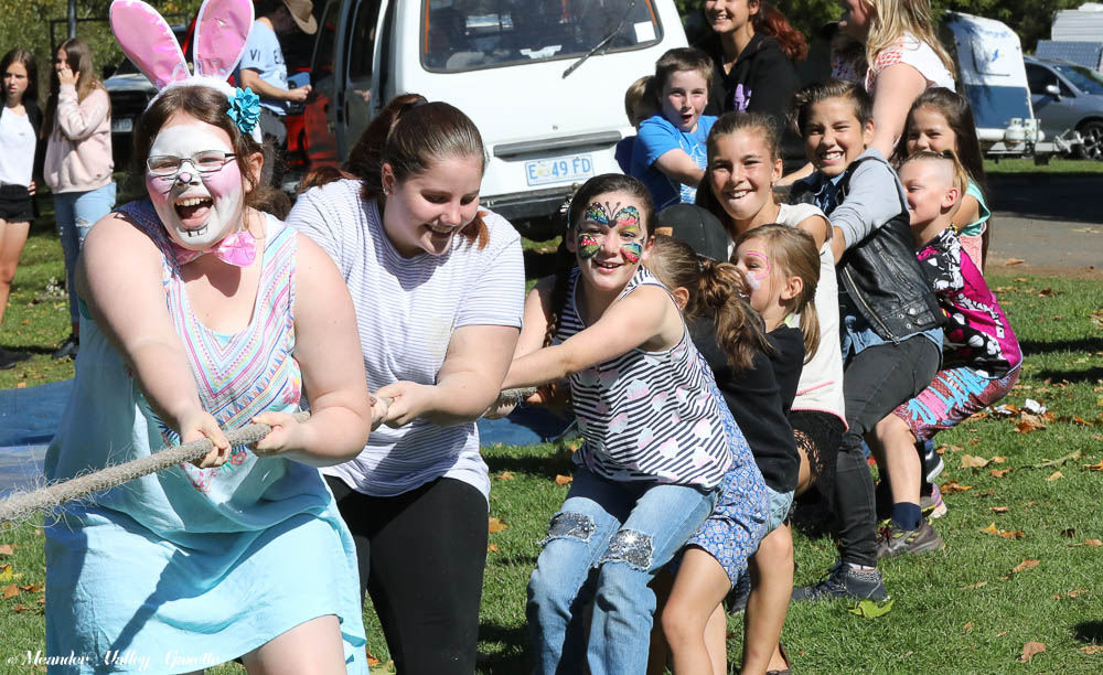 easter-festival-tug-of-war.jpg