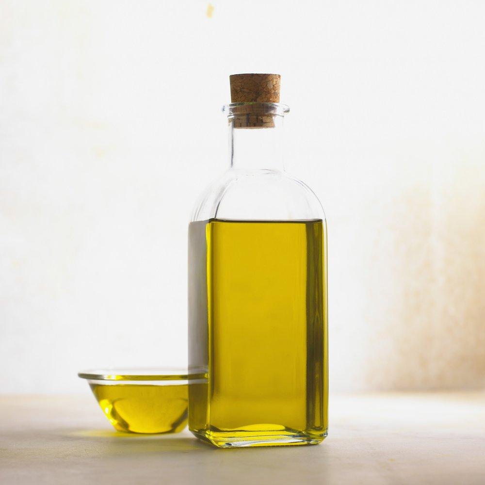 bottle oil CBD Hemp.jpg