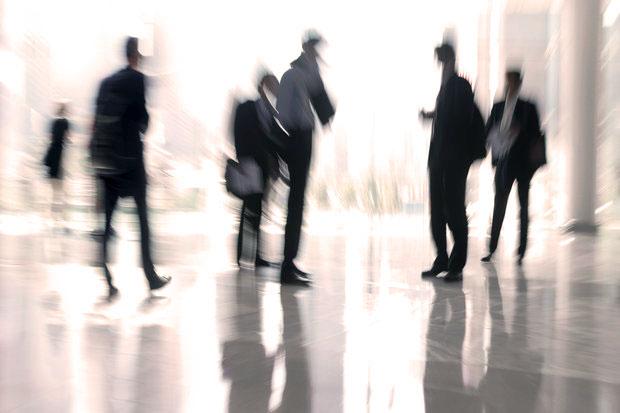 Spidsperioder - Virksomheder oplever til tider spidsperioder i økonomiafdelingen.Vi står klar med kyndige medarbejdere, der kan aflaste jeres økonomiafdeling i spidsperioder eller træde til som ansvarlige for en akut opstået opgave.