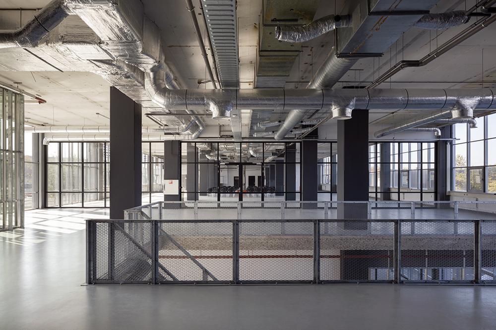 Architectenbureau Den Haag : Project master bathroom door architectenbureau kabaz