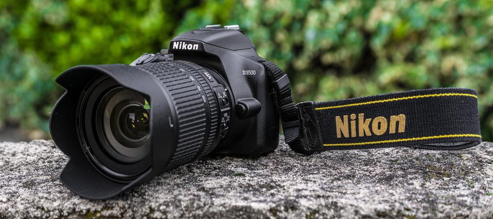 Nikon D3500 met de 18-105mm f/3.5-5.6 VR