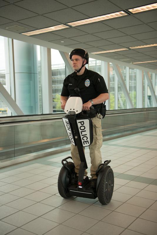 AirportPolice (4 of 48)-800x800.jpg
