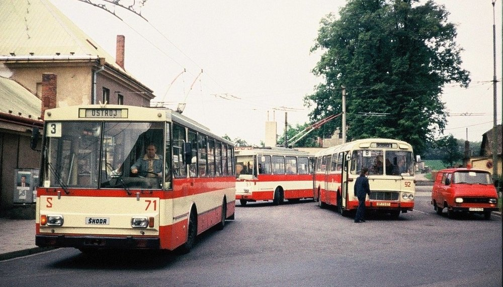 Trolleybuses Škoda 14 Tr No. 71 and No. 53 met on June 10, 1992, together with the bus ŠM 11 No. 92, at the original terminus in Jaktař. (photo by Zdeněk Nesiba)