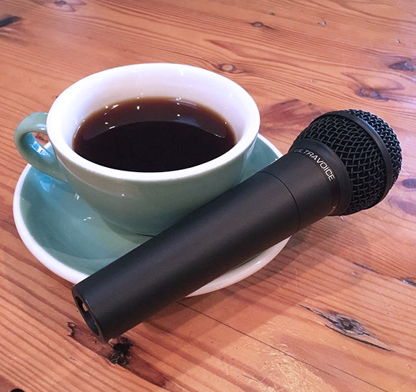 colloquenda mic and cup