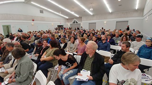 THANK YOU to everyone who came out tonight to the #allcandidates debate in Yarrow!! This is impressive! #chilliwackvotes