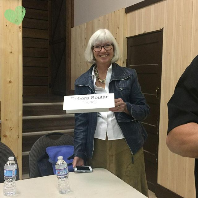 There was a great turnout with enthusiastic citizens for the Ryder Lake All Candidates meeting last night! Thank you everyone! #chilliwackvotes 💚