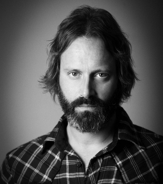Neal Casal of Circles Around The Sun and The Chris Robinson Brotherhood