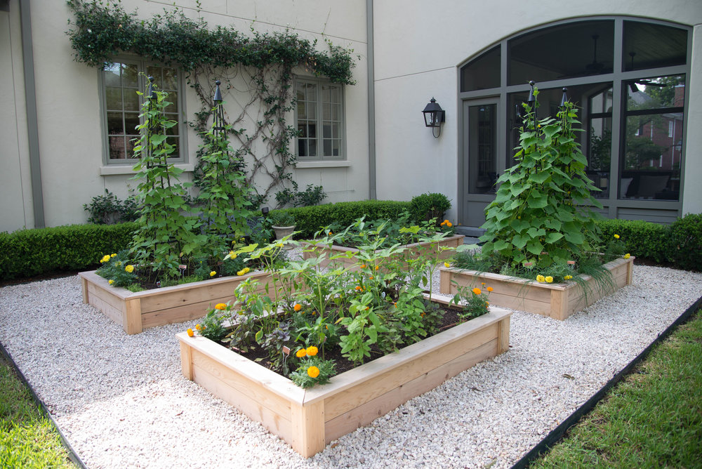 INSTALLING & MAINTAINING GARDENS - The relationship with your client has just begun with a coaching session. Learn how to keep clients for life and serve them and their garden season after season