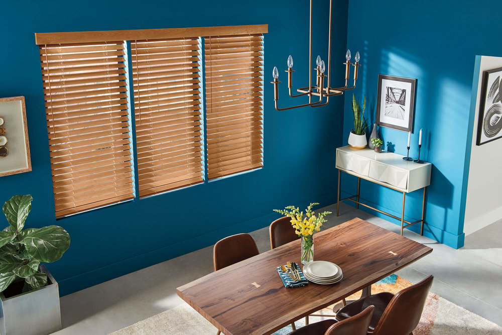 Bali Wood Blinds in a bright, blue dining room