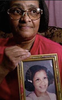 Doris's mother with her picture.