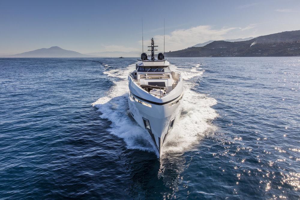 divine-yacht-image-2.jpg