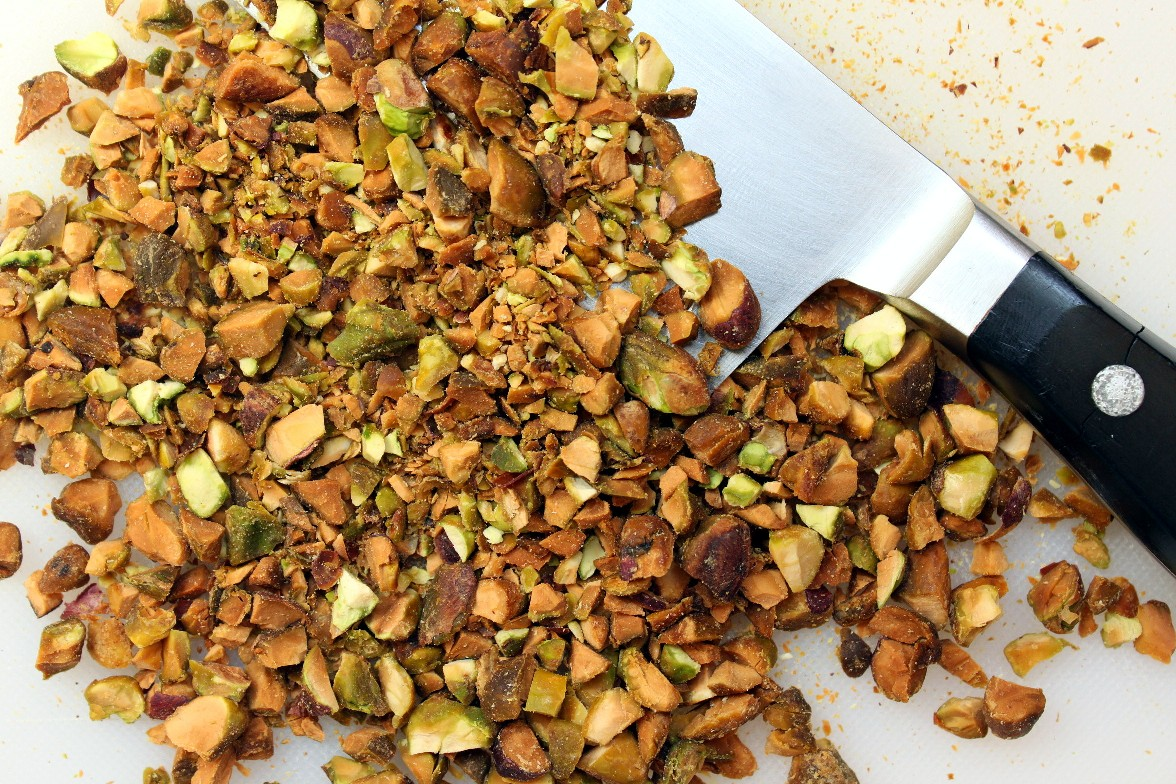 chopped_pistachio