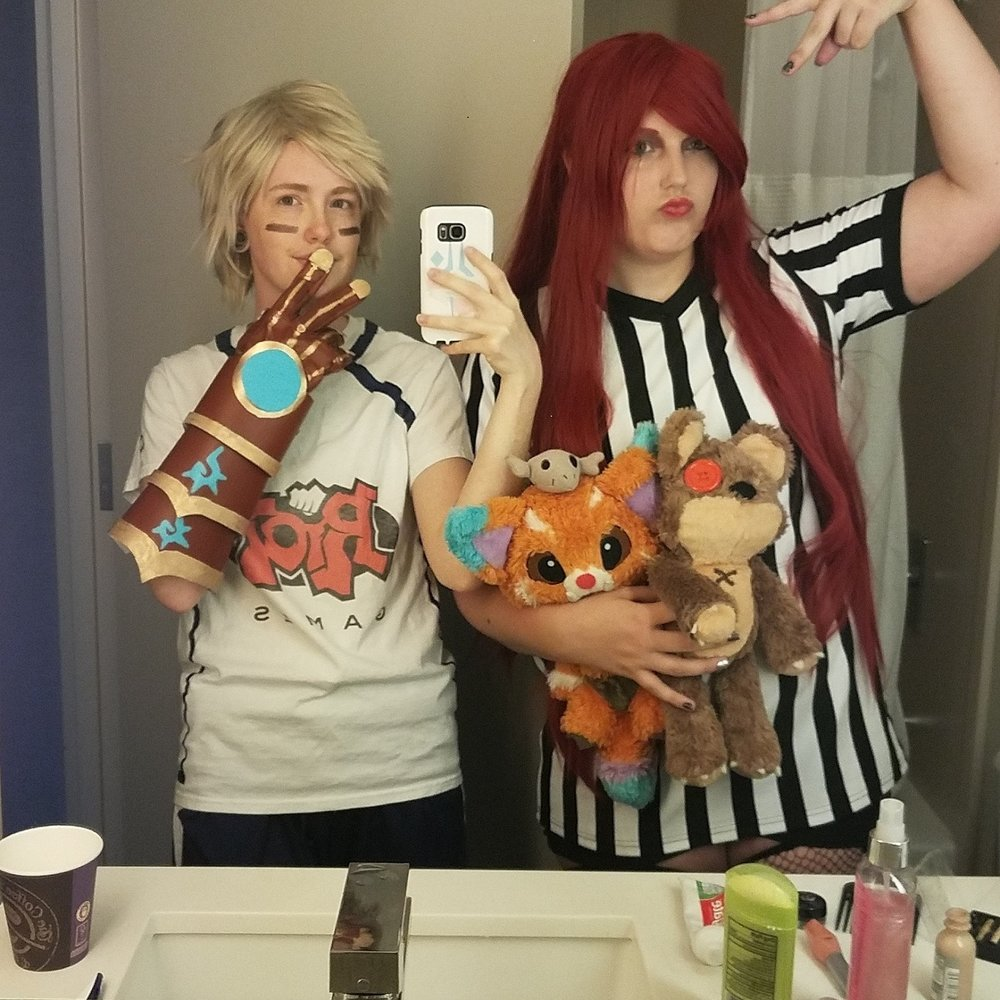 cosplay-cosplayer-anime-comicon-convention-2.jpg