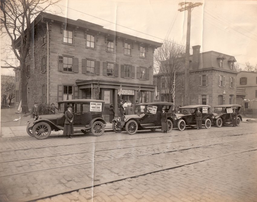 8419 Germantown Avenue, c 1917-1919 (Photo: Courtesy Chestnut Hill Conservancy)