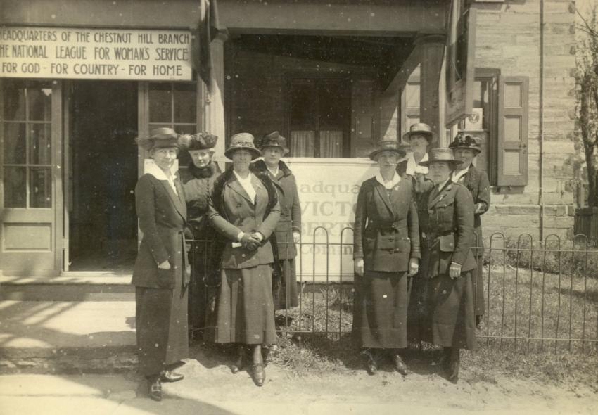 Women in front of the Chestnut Hill Community Centre building at 8419 Germantown Avenue c. 1917. (Photo: Courtesy Chestnut Hill Conservancy)