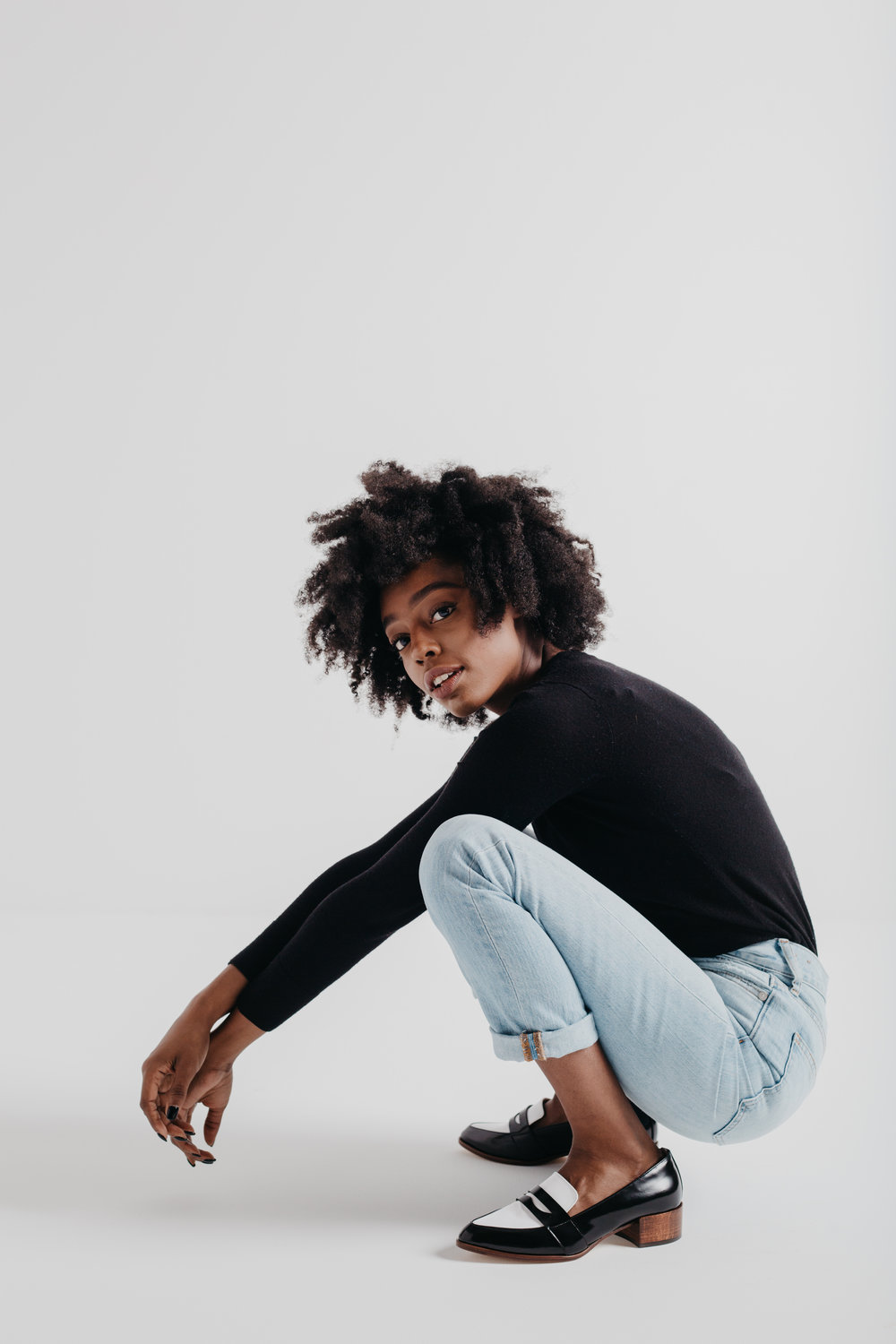 shop thelma  shot by  lindsey shorter