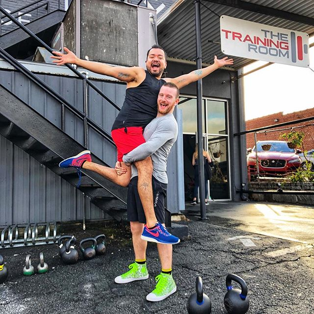 #StrongerTogether 💪🏽 Saturday's are partner workouts at TTR and we're all about pushing one another. Grab a friend and get after it this weekend. 🔥🔥