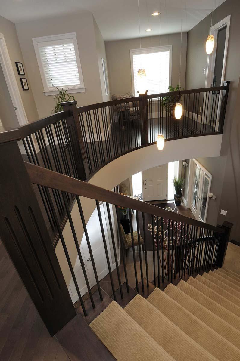 rocy-craftsmanship-circular-staircase-01.jpg