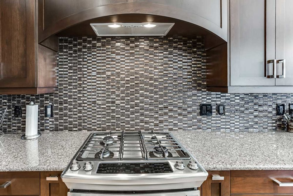 rocy-craftsmanship-range-backsplash.jpg