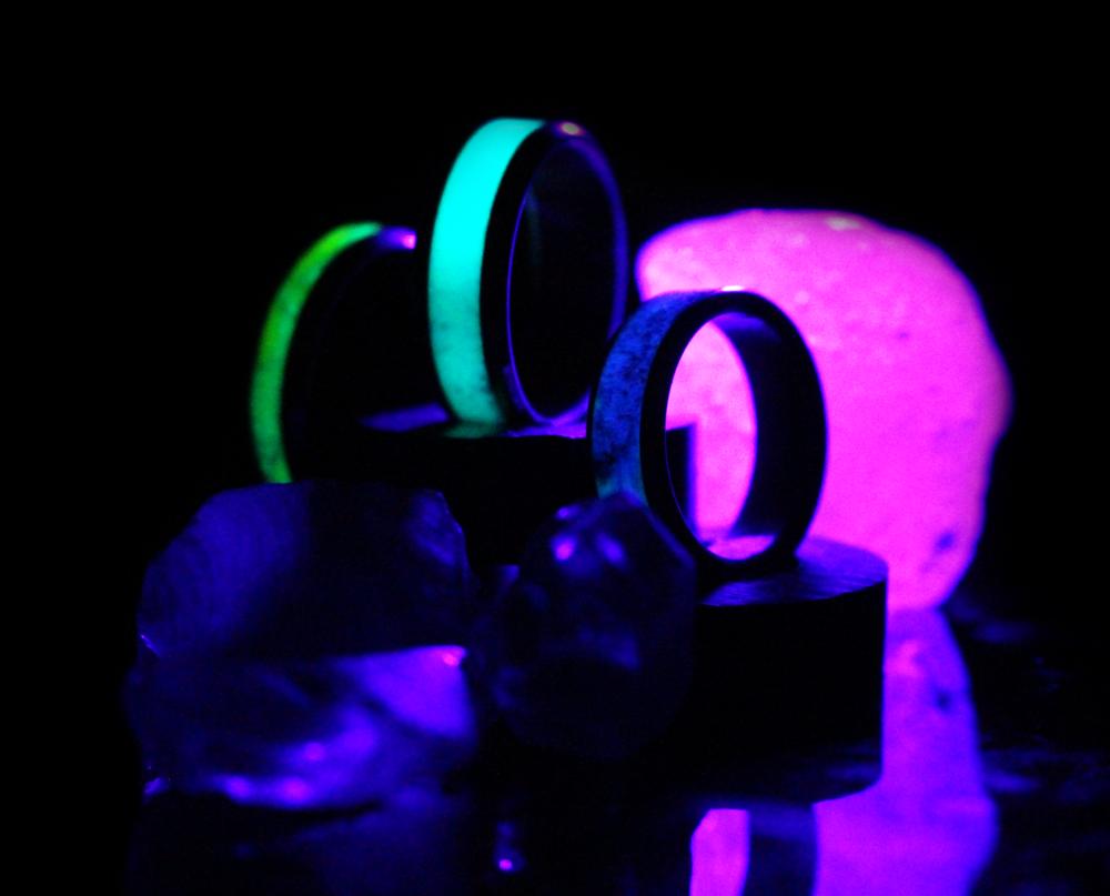trioblacklight.png