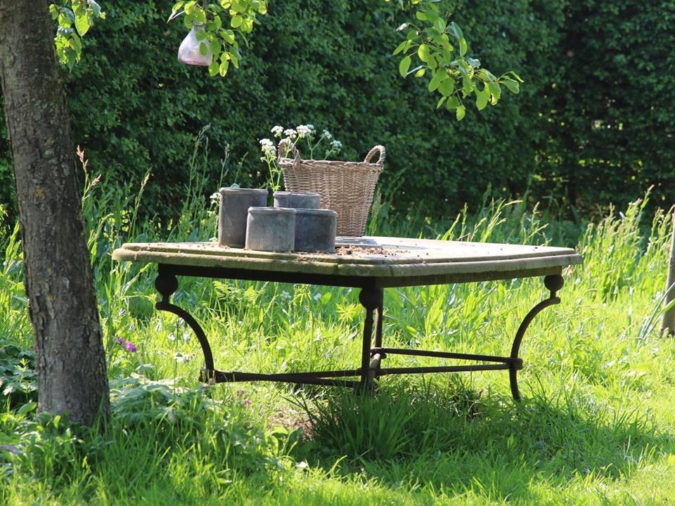tafel boomgaard.jpg