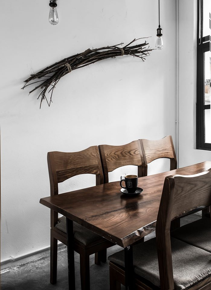 noi-that-quan-cafe-phong-cach-scandinavian.jpg