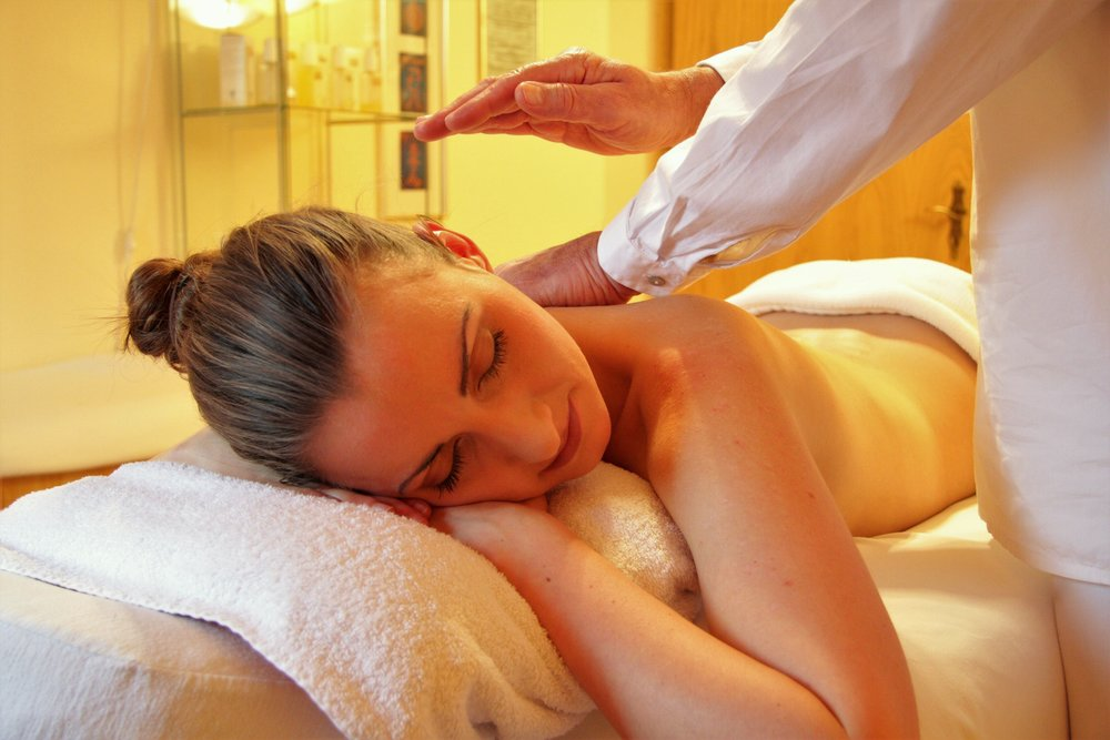 60 minute relaxation massage  Value: $69  Opening bid: $20 in $2 increments