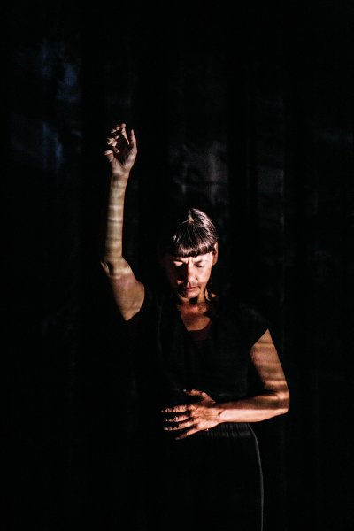 Photo of Rosy Simas in Transfuse by  Carina Lofgren courtesy of the Walker Art Center, 2018.
