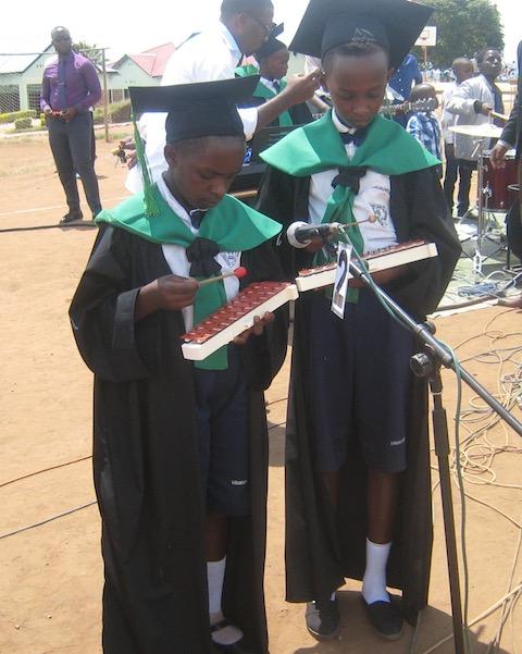 11-18-graduation-18.jpg