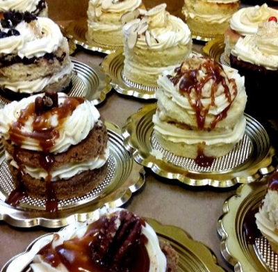 CLICK HERE   to order our Cake Tasting Samples