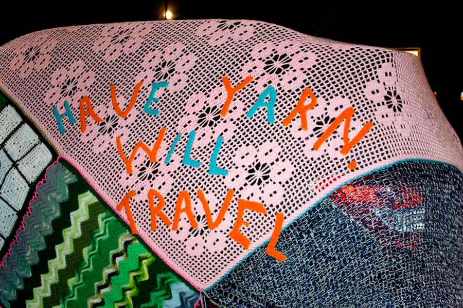Detail of Julie Kornblum's Yarn Bombed Car. Photo by Alice Maldonado (2014)