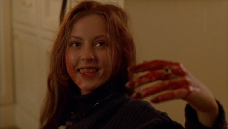Ginger Snaps - 2000, John FawcettThe story of two outcast sisters, Ginger (Katharine Isabelle) and Brigitte (Emily Perkins), in the mindless suburban town of Bailey Downs. On the night of Ginger's first period, she is savagely attacked by a wild creature. Ginger's wounds miraculously heal but something is not quite right. Now Brigitte must save her sister and save herself.